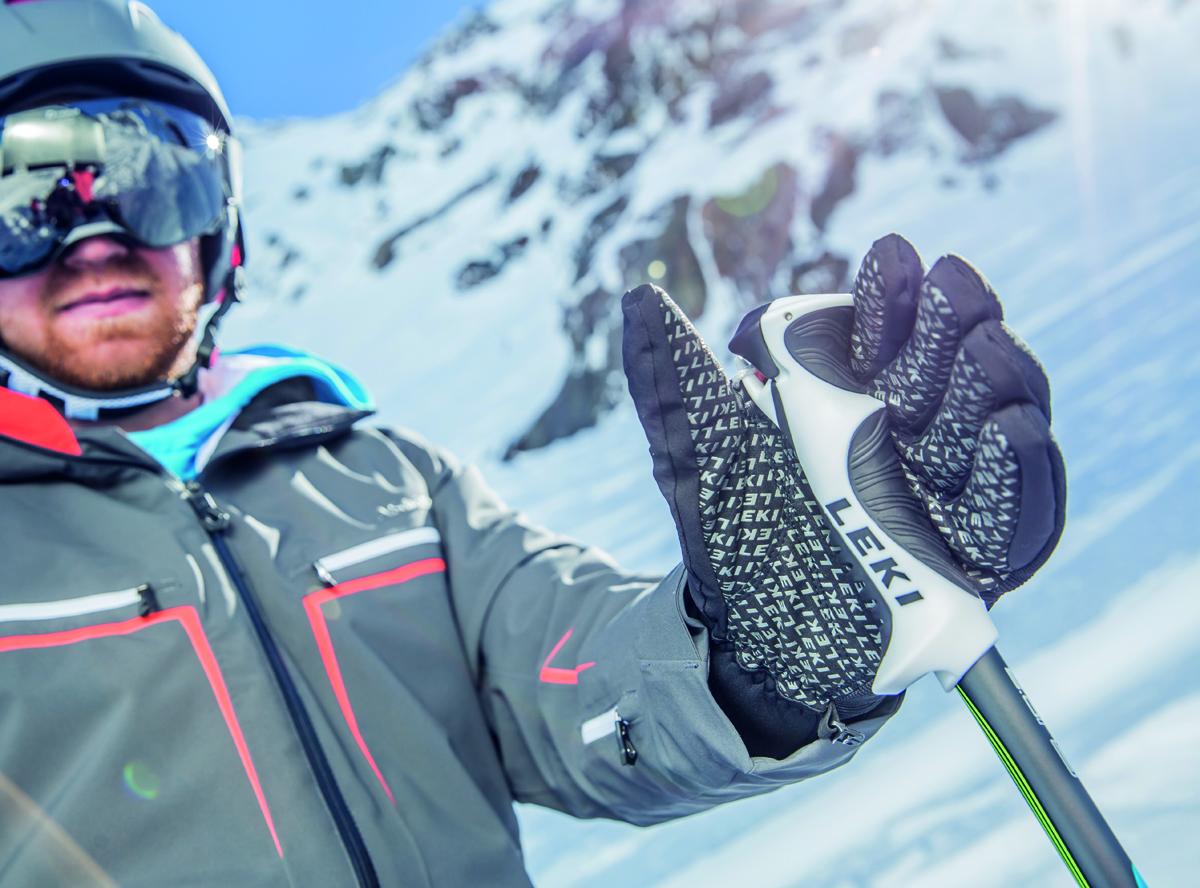 Z těchto surovin vyrobil svoje první lyžařské lyže a v roce 1970 je pod  značkou LEKI 46810d581a